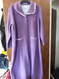 New Lovely lilac fleece dressing gown never worn
