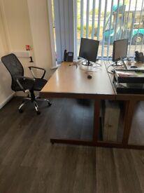 Desk 80d * 72h * 160w