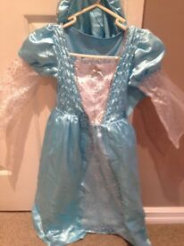 childs xmas outfit of Mary bnwt 5-6 years comes with baby jesus and hairpiece marks and spencer