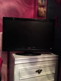 Hitachi 22 inch hd tv with DVD player