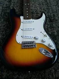 Fender Stratocaster 2005 MIM electric guitar immaculate