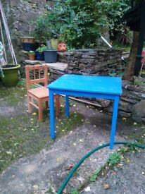Well-used Toddlers/kids table and chair