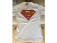 Superman Womens T-Shirt *LIKE NEW*