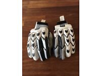 Boys cricket batting gloves
