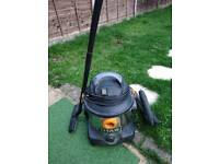 TITAN 1400W 30LTR Wet and Dry Vacuum cleaner 240V