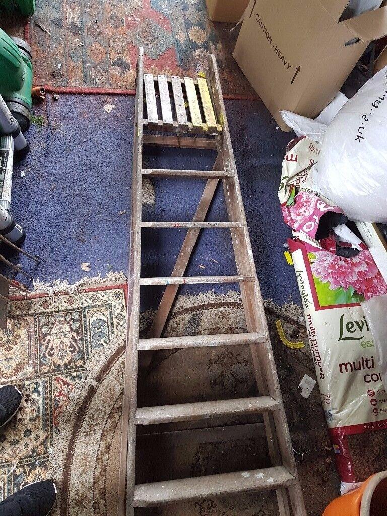 6ft Wooden Step Ladder