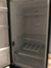 Samsung- fridge freezer in black