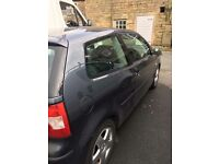 Grey Volkswagon Polo 1.9 TDI 2003