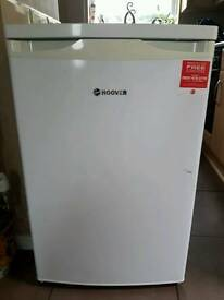 Hoover undercounter fridge