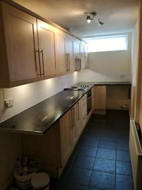 2 bedroom house to let in hapton