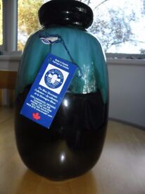 Collectable Blue Mountain Canadian Pottery Vase