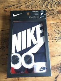 Nike baby set brand new in box
