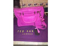 💕Bright pink brand new ted baker handbag💕