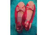Worn once Red Wedges 6