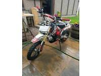 M2R 125cc pit bike