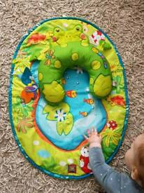 Tummy time Frog mat