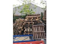 Free pallet / wood to collect