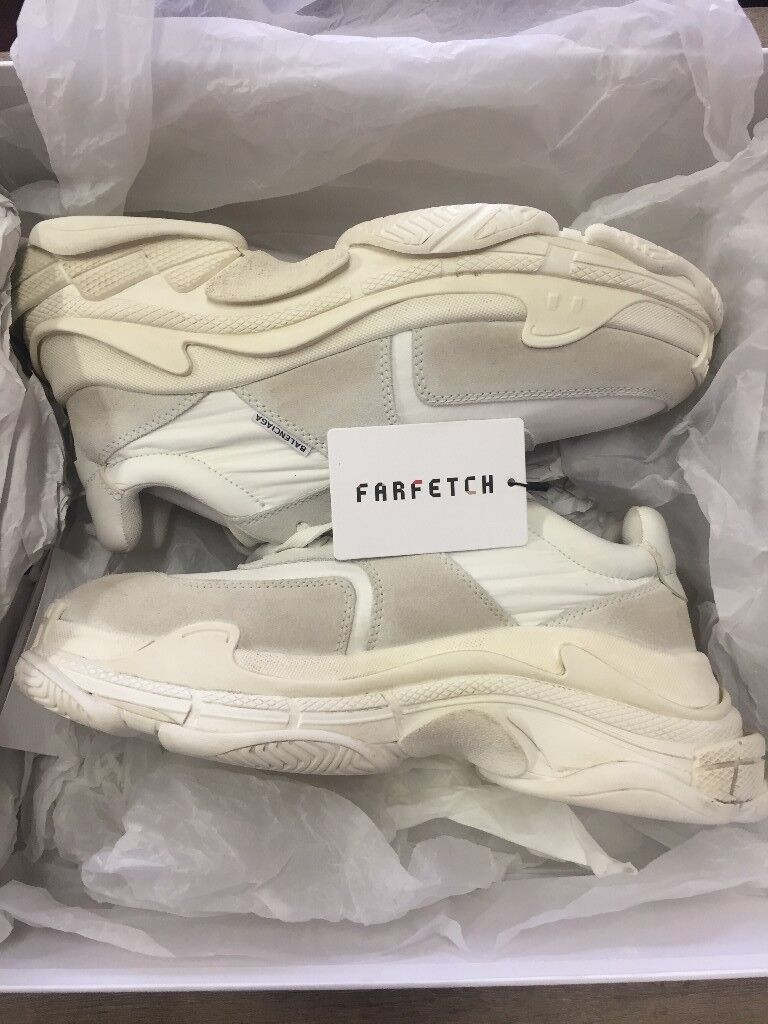 5c7767098f24 Balenciaga triple s trainer 2.0 white ecru. EU42 Uk8. 100% authentic from  Farfetch Receipt.