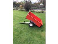 Ride on mower tipping trailer