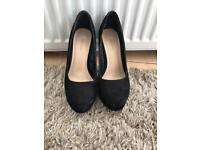 Heels size 6 and size 7