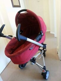 quinny 2 in 1, perfect condition from smoke and pets free home, with a rain cover and umbrella