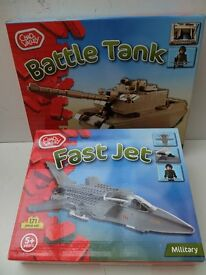 LEGO COMPATABLE CHAD VALLEY BRICK CONSTRUCTION SETS BATTLE TANK PLUS FIGHTER JET BNIB