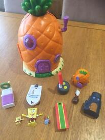 Spongebob square pants house and accessories