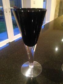 8 Stunning Wine Glasses
