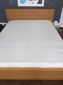 IKEA KING SIZE BED (MALM) AND MEMORY FOAM MATTRESS - Great condition