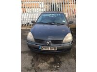 Renault Clio 1.2 05 plate for sale. 11 months MOT 94,000 miles