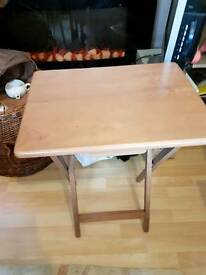 Modern beech fold up table