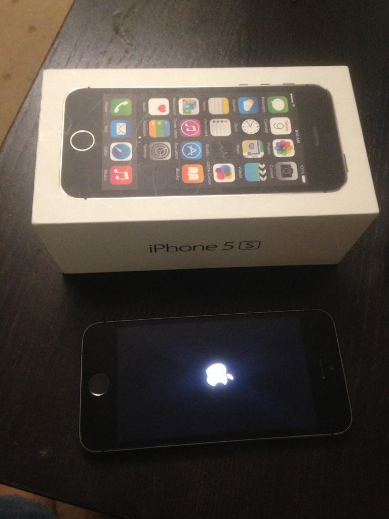 iPhone 5s unlocked,black, 32GB, used with box,mint conditionin Hodge Hill, West MidlandsGumtree - iPhone 5s for sale32GB , black Color, unlocked phoneIn mint condition, comes with box & USB charger NB wifi connecting problem.Other than that everything is in perfectly working condition like Mobile Data etc. Any test is welcome Collection from B34...