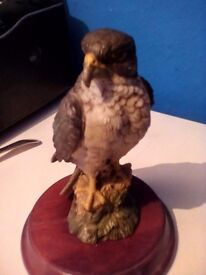 Bird of prey ornament. Leonardo collection