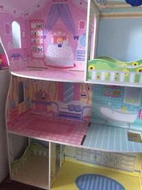 Girls doll house /toy