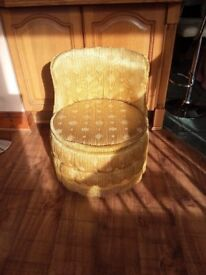 VINTAGE SHERBOURNE BEDROOM COCKTAIL CHAIR