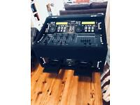 DJ CD mixer
