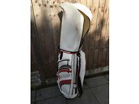 Wilson Stretch XL women' s Golf SET + Motocaddy Bag - almost unused