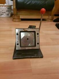 Photo industrial square cutter