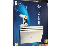 PS4 PRO 1TB White got opened but not used, got an extra controller and GTA5