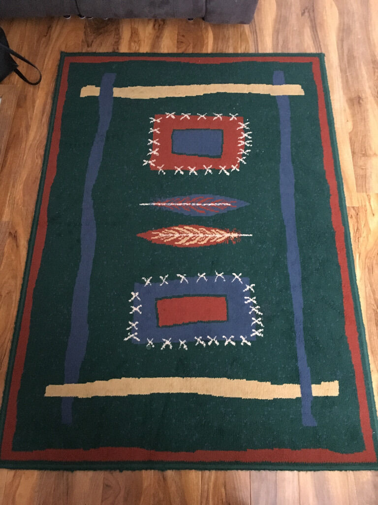 LIVING ROOM RUGVGC10in Kidderminster, WorcestershireGumtree - LIVING ROOM RUG VERY GOOD CONDITION £10 dimensions 45 inches width 64 inches length