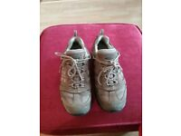 Meindl ladies walking shoes. Size 5.5