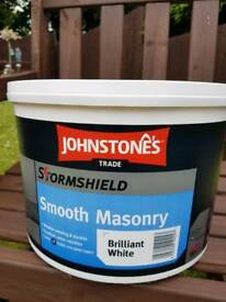 Masonary paint. Johnstones stormshield smooth white masinary paint 10 litres