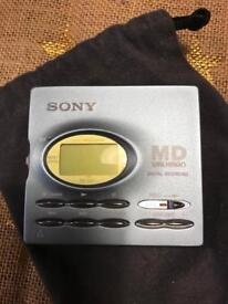 Sony mini disc player and discs