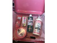 Soap & Glory The Whole Glam Lot gift set - some items missing