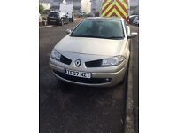 Renault megane convertible, Full leather, 90,000, MOT expire sept 2017 glass convertible roof.
