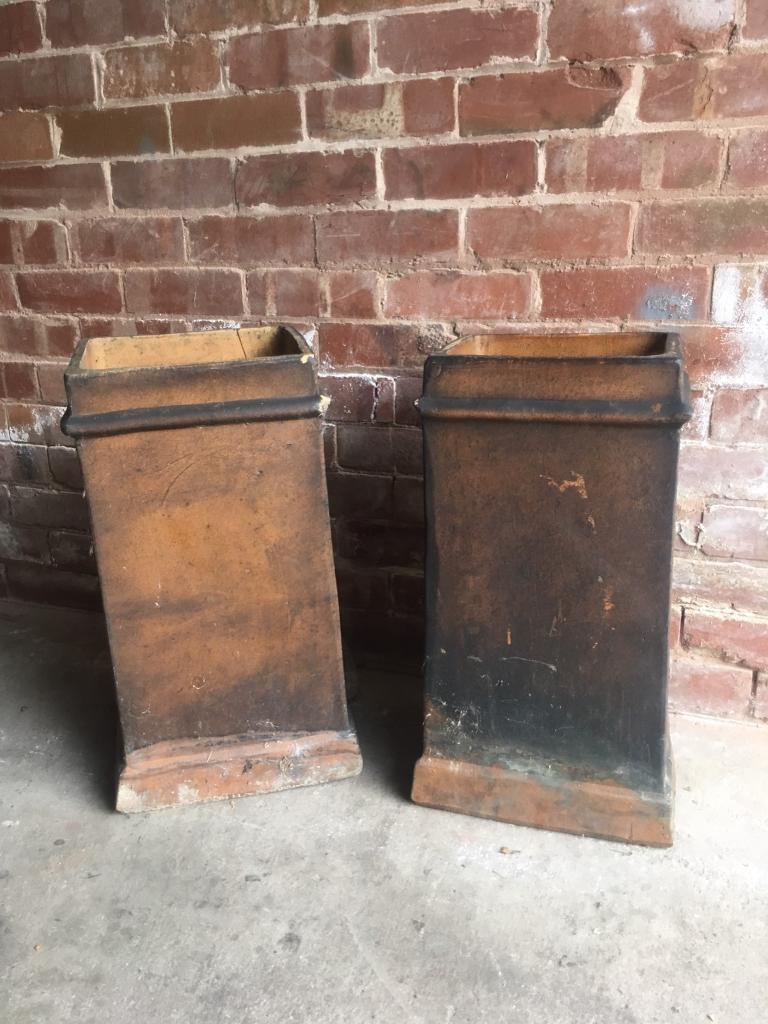 Chimney pots garden planter vintage oldin Rotherham, South YorkshireGumtree - X 2 chimney pots great as garden planters/ featureBuyer to collect please£45 each