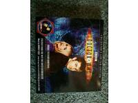 Dr who cd with badge. Unused