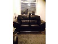 3&2 leather couches(new condition)