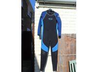 mens large wetsuit
