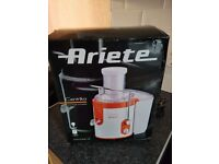 Brand new ariete compact juicer